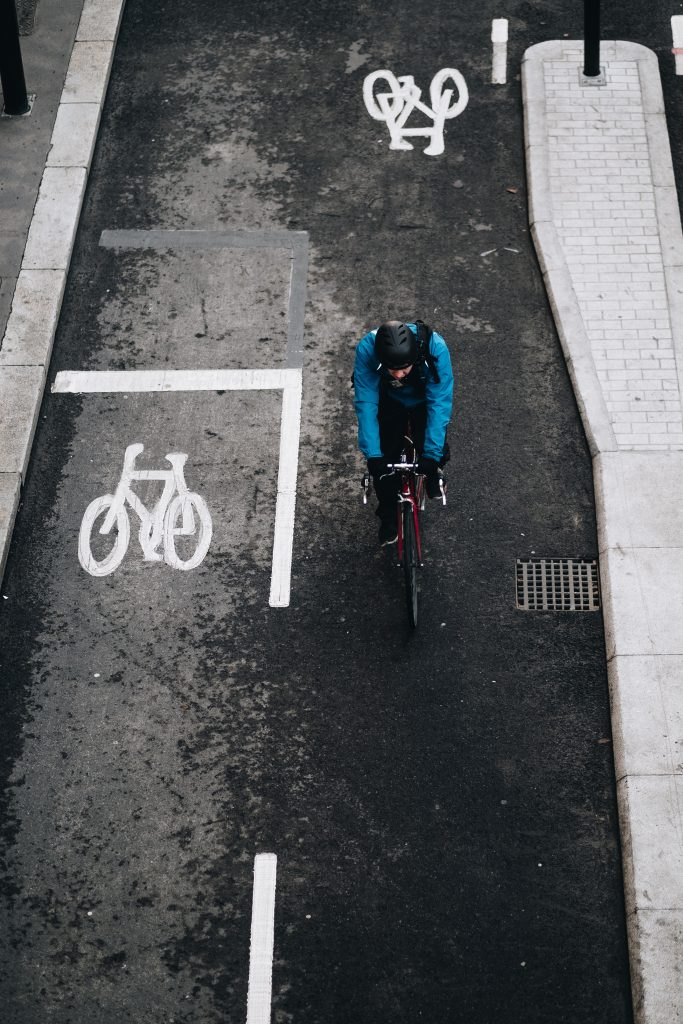 Mounting and dismounting are the two most important cycling skills beginners neglect