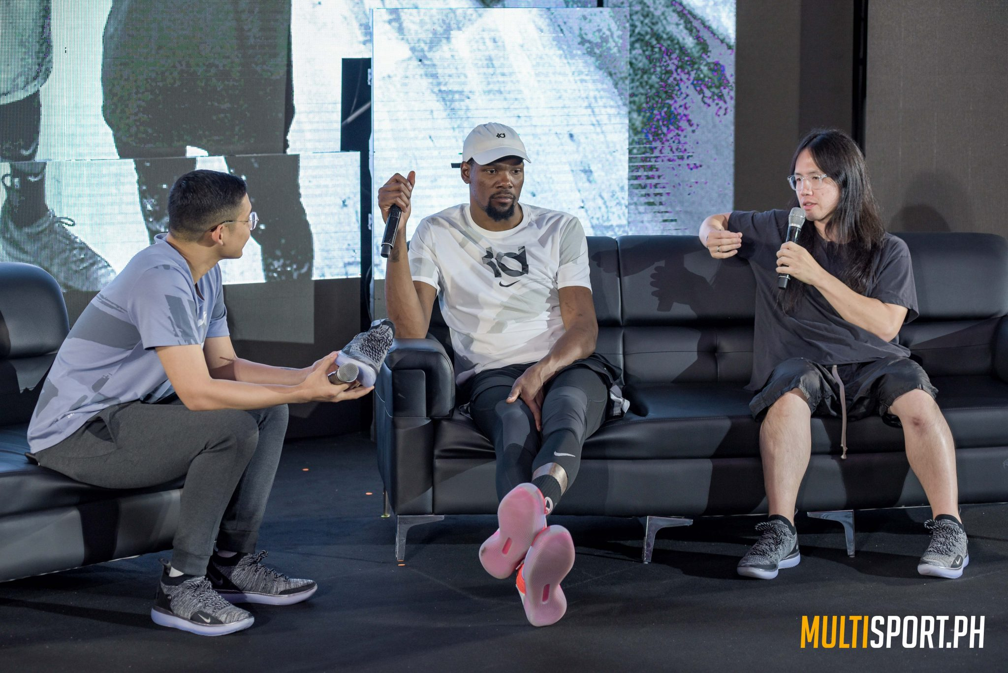 Gallery: Kevin Durant in Manila