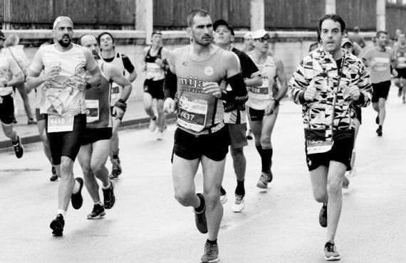 marathon running unsplash