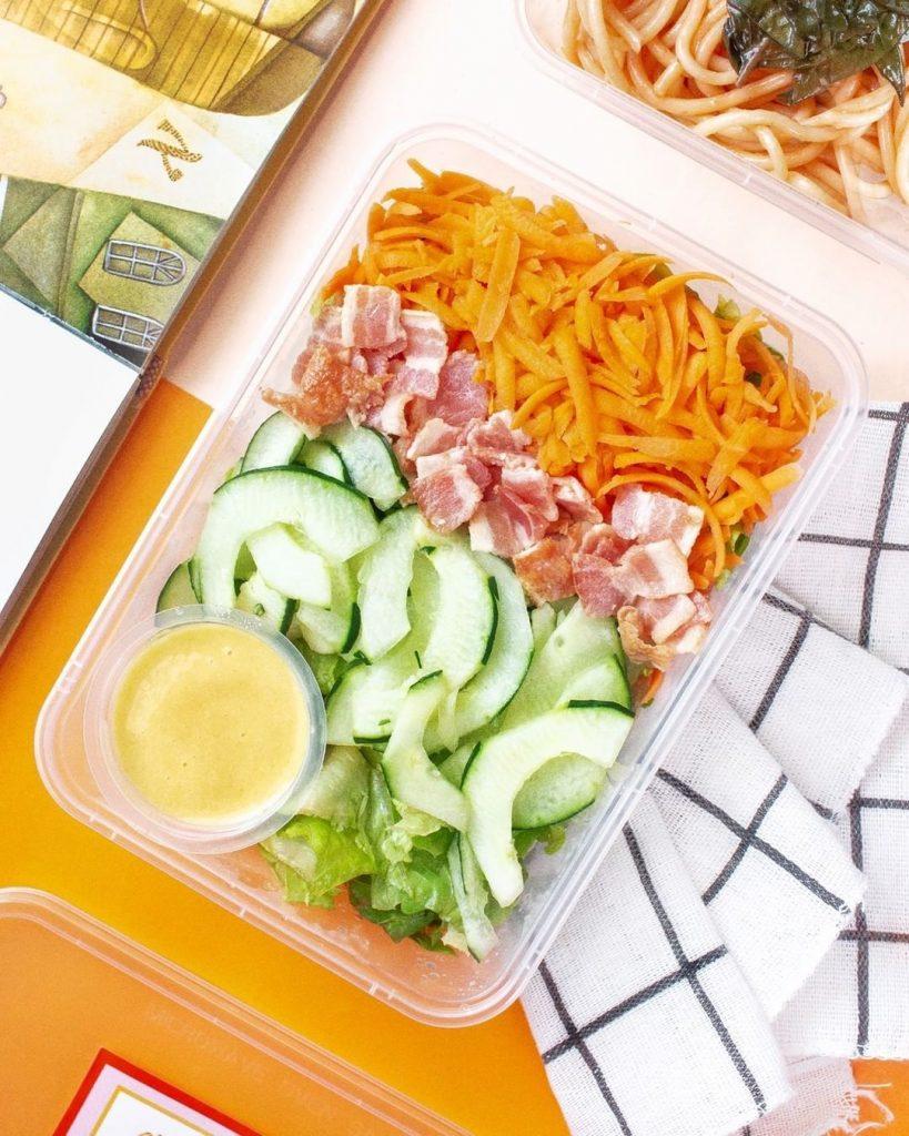 Diet Diva's honey mustard salad